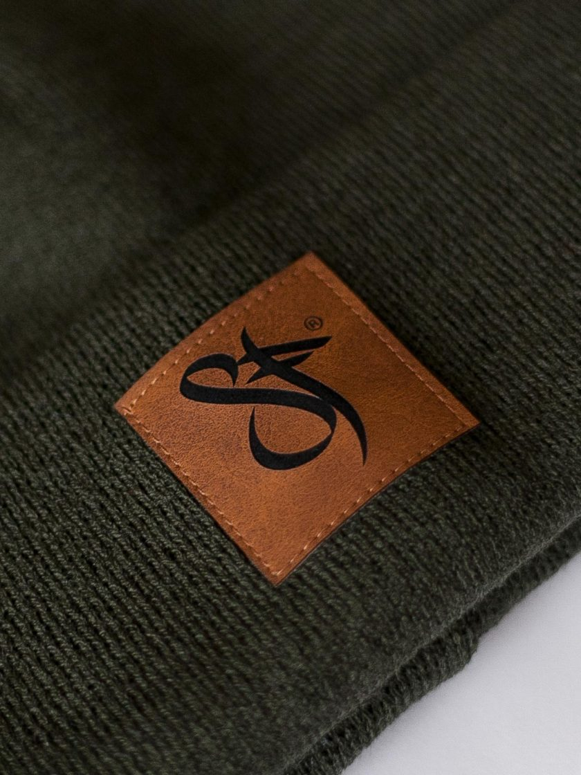 Beanie Leather Patch green