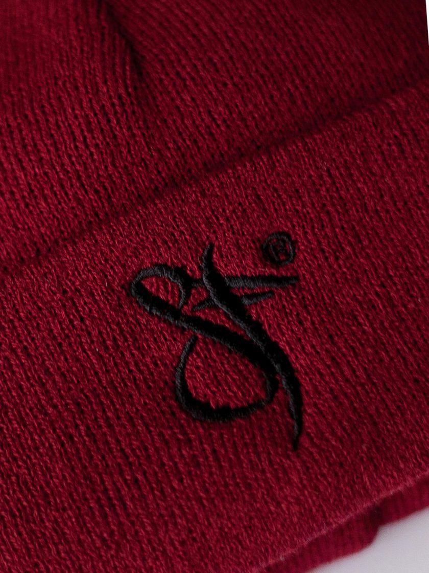 Fisherman beanie hat red