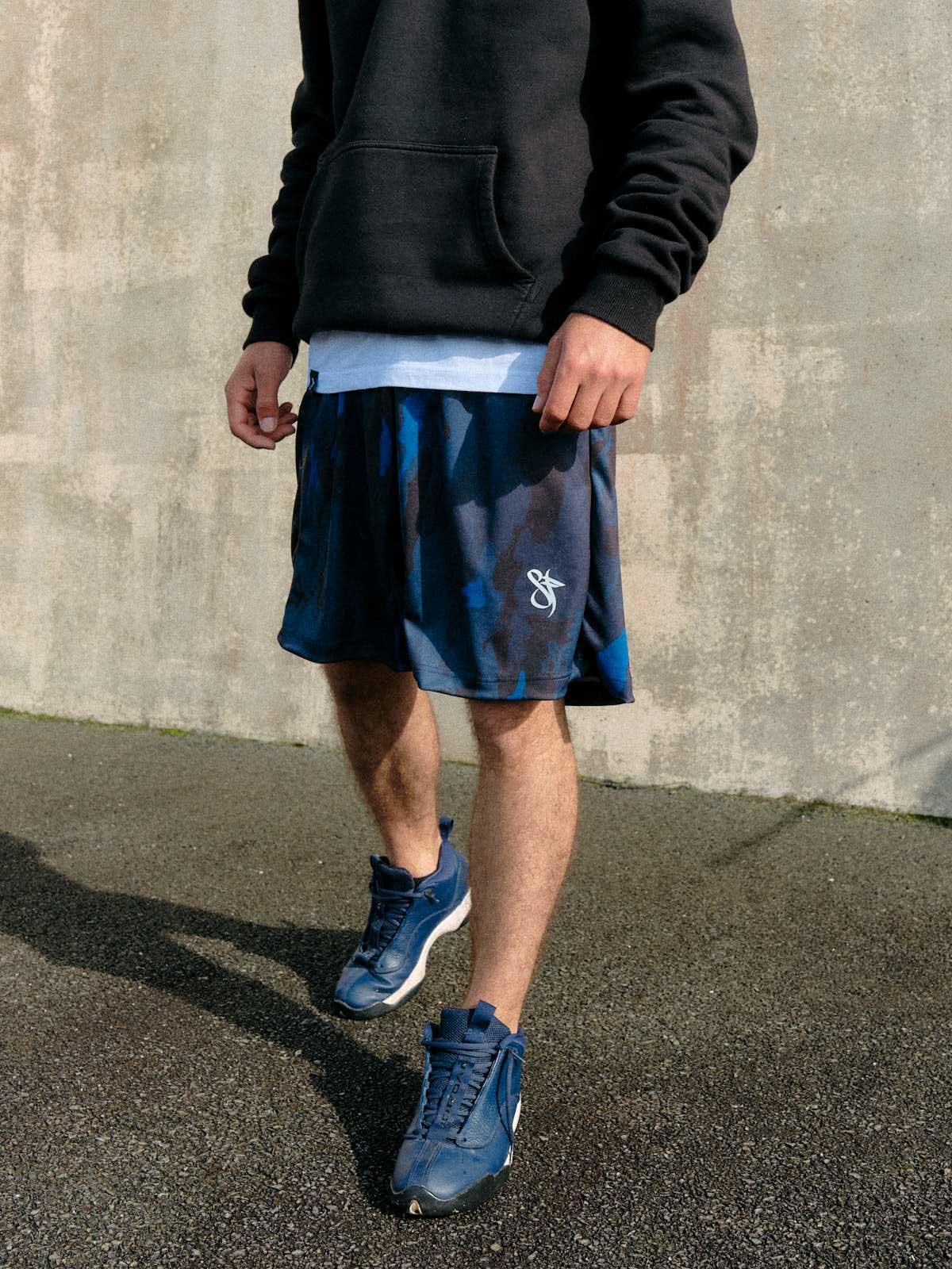mono blue camo basketball short model detail